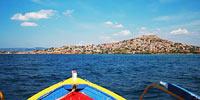 Ο Μόλυβος όπως θα τον δείτε εάν επιλέξετε να επισκεφτείτε τα νησάκια.